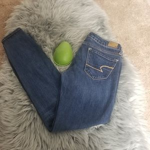 American Eagle,  stretch,  Women's jeans., Size 4.